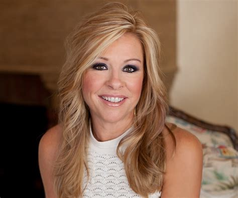 Leigh Anne Tuohy – Bio, Facts, Family Life
