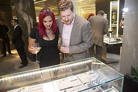 Gallery - Give Her the Stars at David Yurman - Picture
