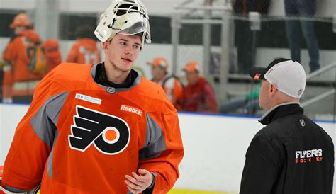 Are Flyers next? How Carter Hart won over his junior GM