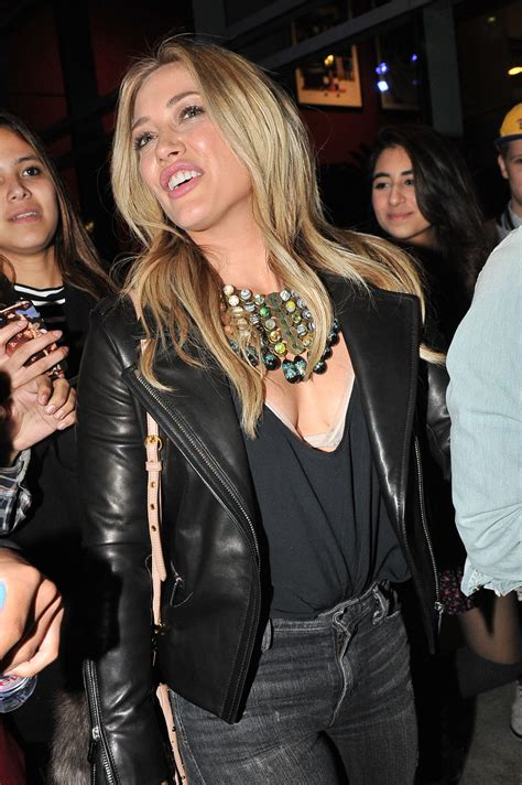 HILARY DUFF Arrives at Miley Cyrus Concert at Staples
