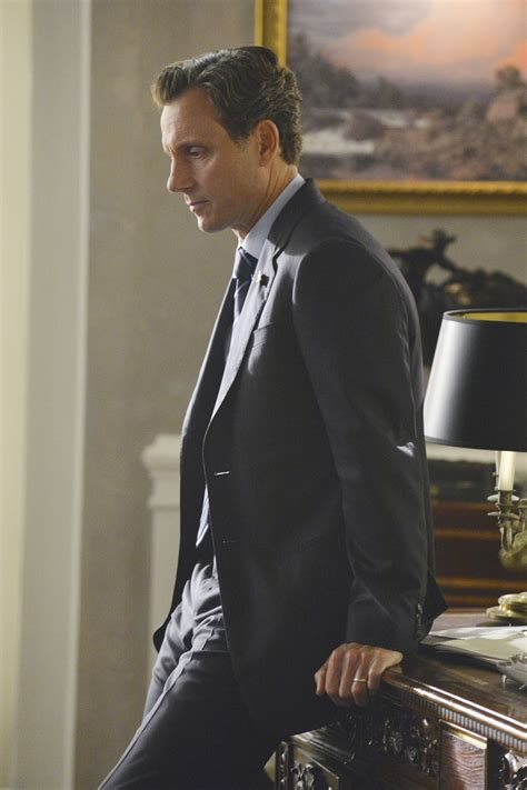 'Scandal's' Tony Goldwyn on Fitz in Season 3: 'He's Under