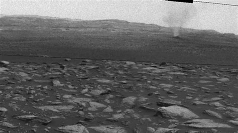Dust Devils on Mars Seen by NASA's Curiosity Rover - YouTube