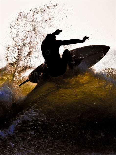 surfing | National Geographic Society
