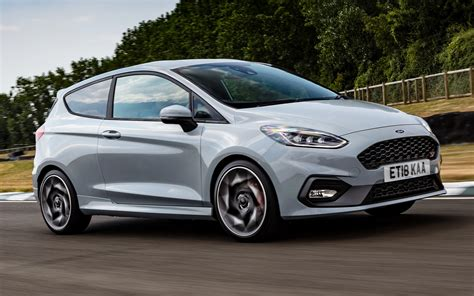 2018 Ford Fiesta ST 3-door (UK) - Wallpapers and HD Images